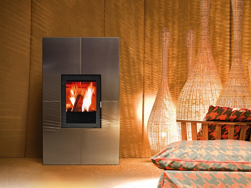 Stufa a legna a pellet per riscaldamento aria reflex by for Immagini stufe
