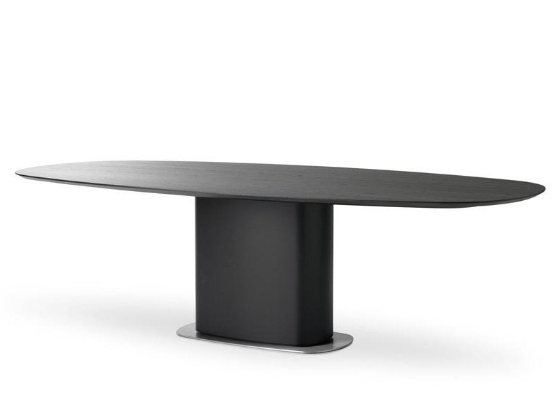 Oval wooden dining table INDUS - LEOLUX