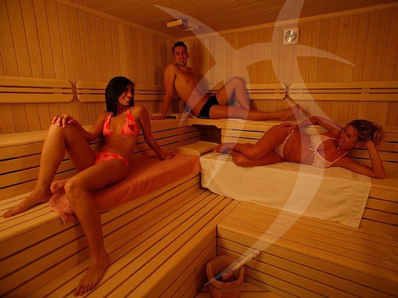 sauna finlandese hemlock happy sauna. Black Bedroom Furniture Sets. Home Design Ideas