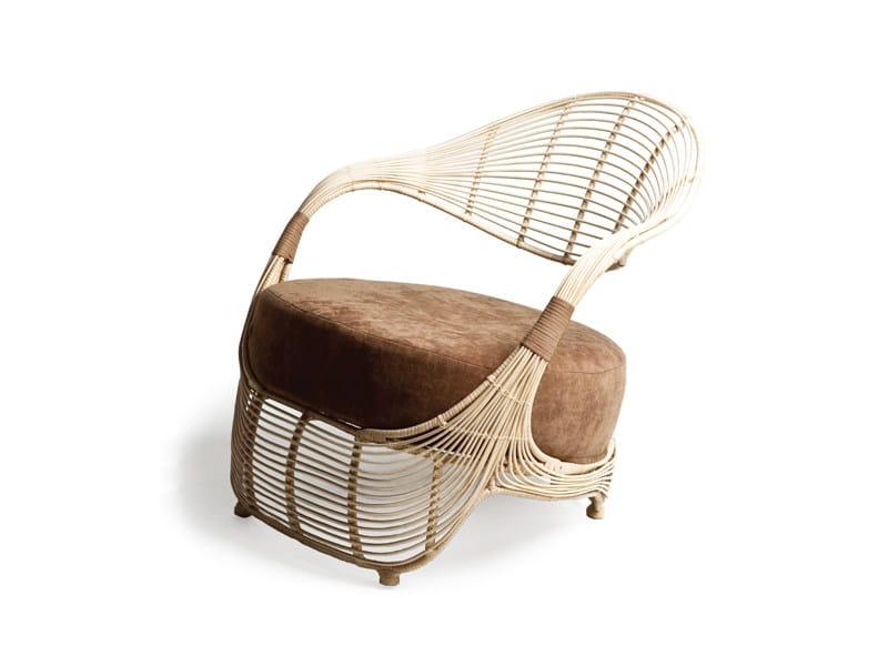 Club rattan armchair MANOLO | Armchair - KENNETH COBONPUE