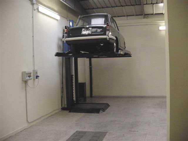 Elevatore monocolonna elevatore per auto monocolonna for 2 piani per 2 box per auto