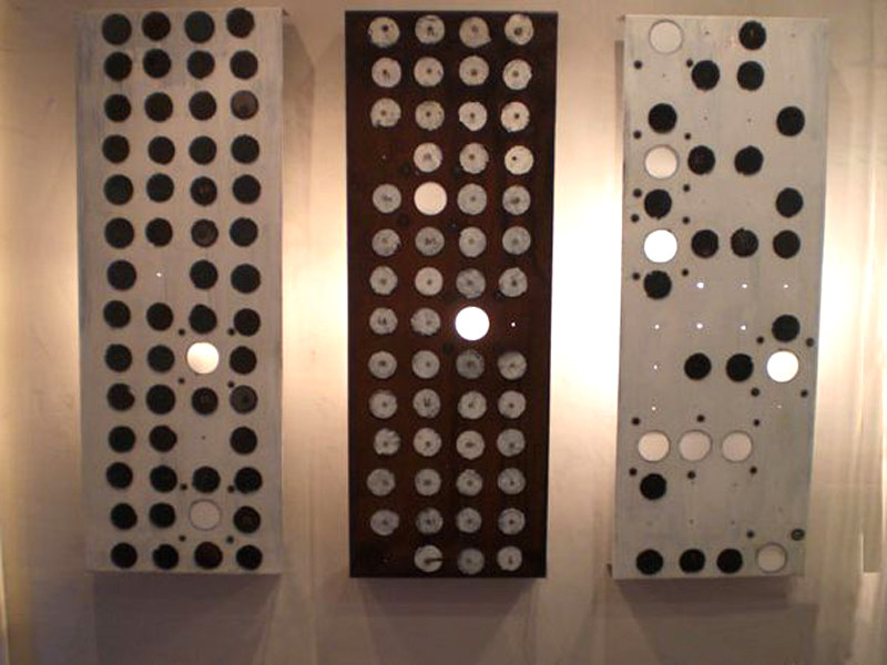 Steel wall light NUMERI LIQUIDI by In-es.artdesign