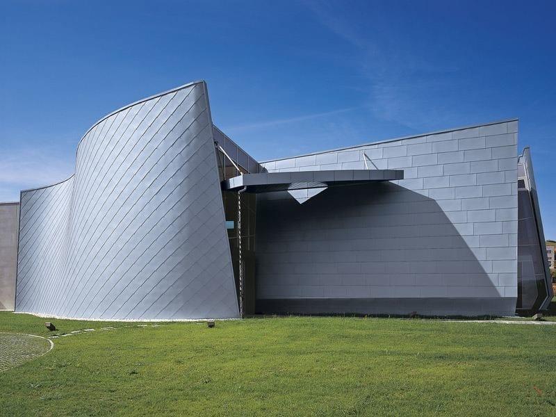 Continuous metal laminate for facade Titanium-Zinc Panel for facade - RHEINZINK Italia
