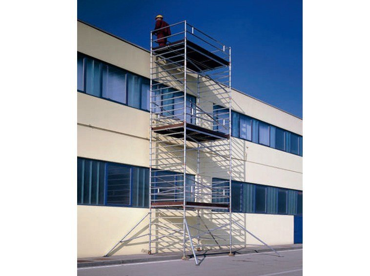 Mobile scaffolding and ladder for construction site TEMPO TECH L by SVELT