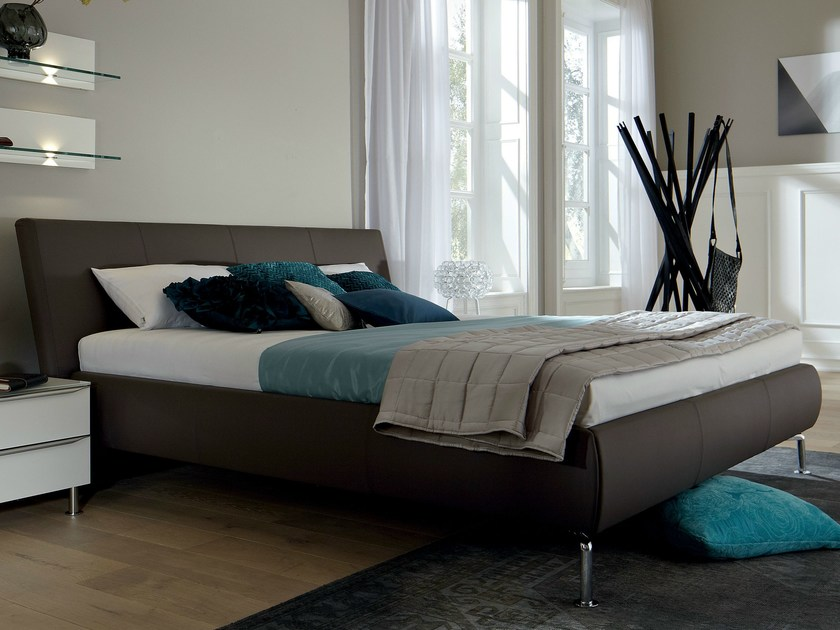 Upholstered leather double bed METIS PLUS | Leather bed - Hülsta-Werke Hüls