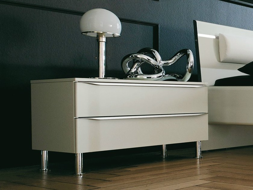 Lacquered bedside table with drawers METIS PLUS | Bedside table - Hülsta-Werke Hüls