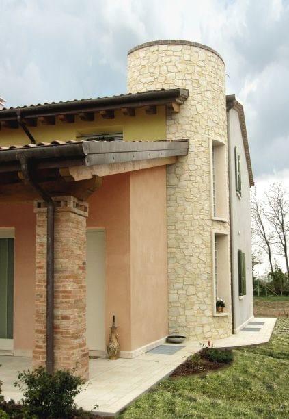 Rivestimento ecologico in pietra ricostruita per esterni for Pietra da esterno casa
