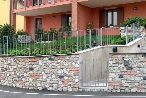 Rivestimento ecologico in pietra ricostruita per esterni misti ...