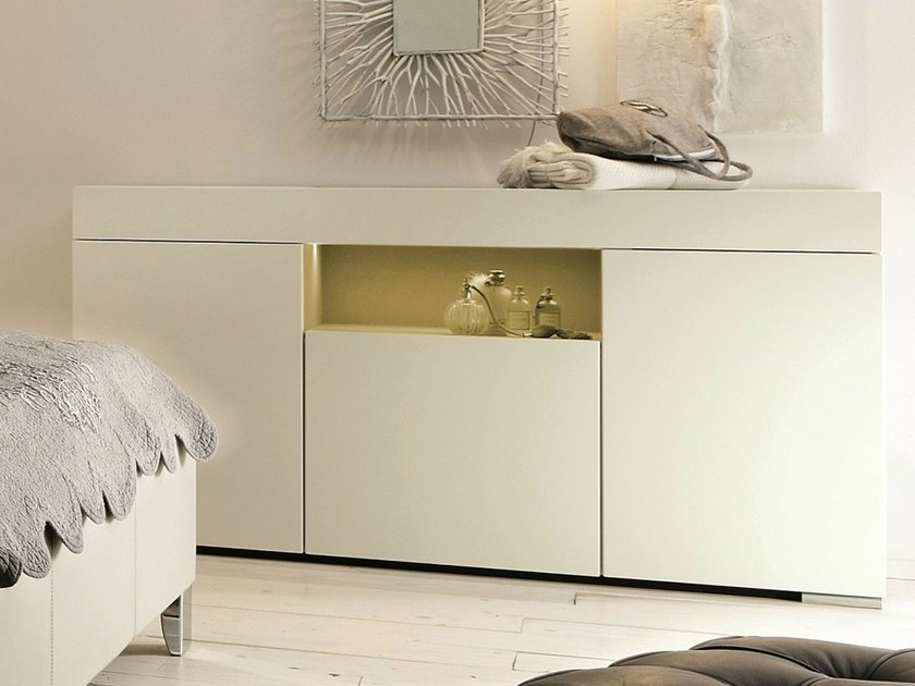 elumo ii com laccato by h lsta werke h ls. Black Bedroom Furniture Sets. Home Design Ideas