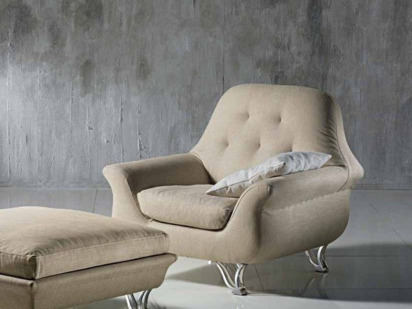 Upholstered armchair with removable cover with armrests CHERUBINO | Armchair - Carpanelli Contemporary