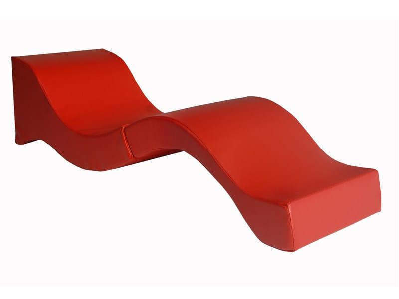 Chaise longue en tissu by vidame creation design julien - Tissu pour chaise longue ...