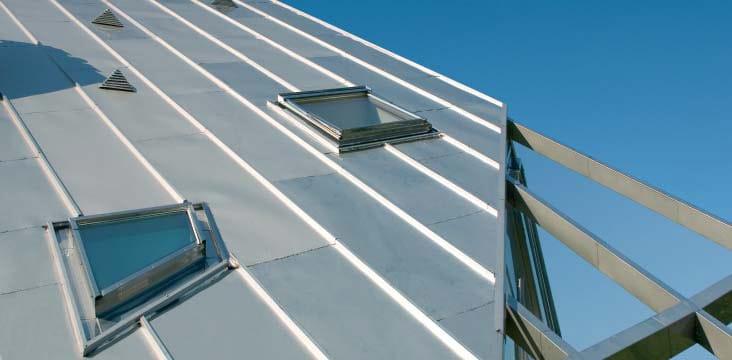 Finestra da tetto finestra da tetto fuori standard fakro for Finestra da tetto