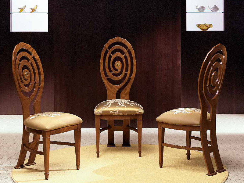 Upholstered solid wood chair CHIOCCIOLA | Chair - Carpanelli Classic