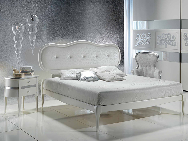 Double bed with upholstered headboard NOVECENTO | Bed with upholstered headboard - Carpanelli Classic