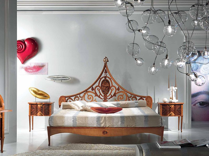 Double bed with high headboard SISSI | Bed with high headboard - Carpanelli Classic