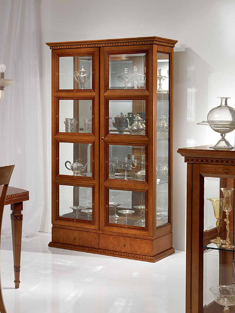 Mahogany display cabinet QUADROTTI | Display cabinet by Carpanelli Classic