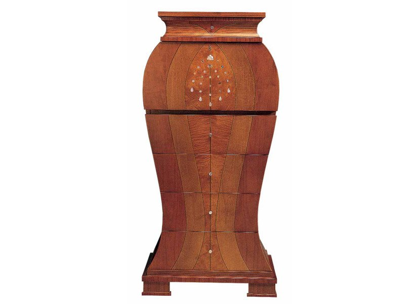 Wooden chest of drawers IRIS - Carpanelli Classic
