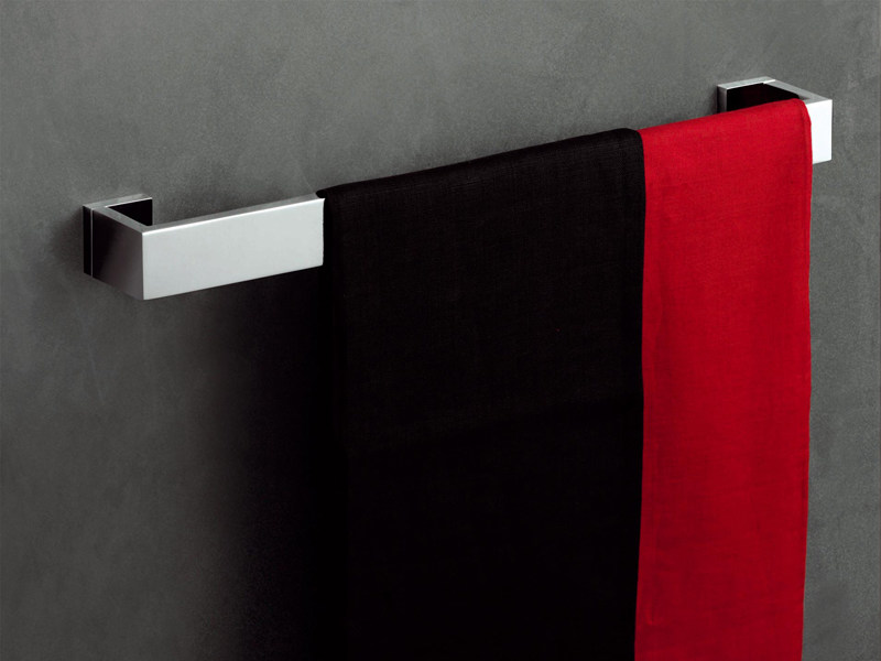Porta asciugamani collezione aguablu by zucchetti design barbara sordina - Porta asciugamani design ...