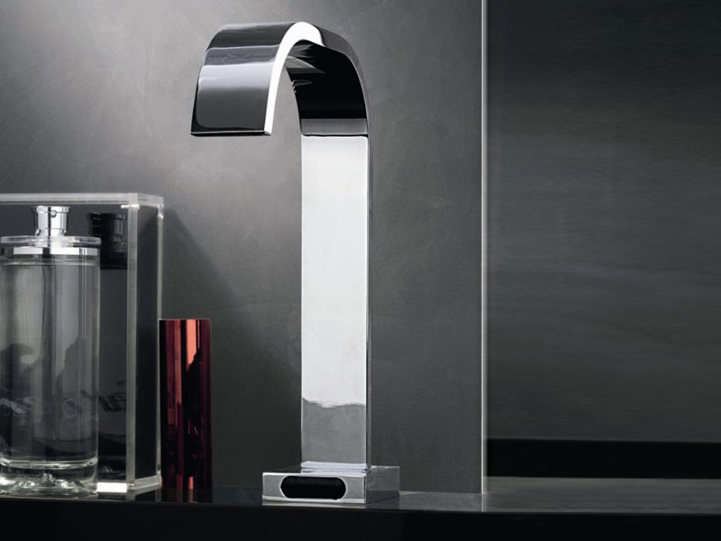 Chrome-plated electronic washbasin tap AGUABLU   Electronic washbasin tap - ZUCCHETTI