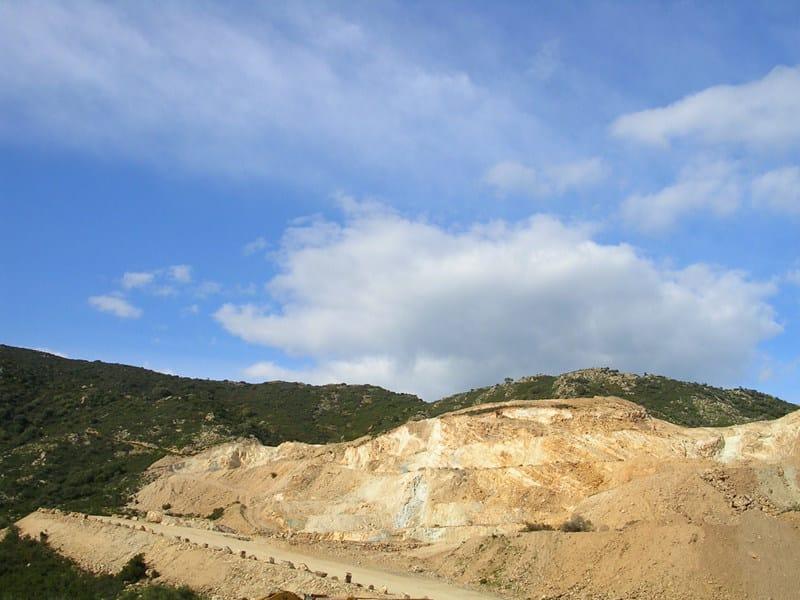 Natural volcanic aggregate Feldspar - EUROPOMICE