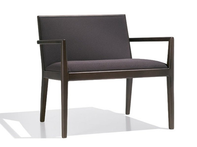 Upholstered easy chair with armrests CARLOTTA | Easy chair with armrests - Andreu World