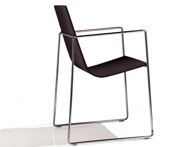 Sled base chair with armrests LINEAL | Chair with armrests - Andreu World