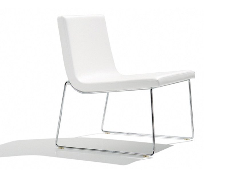 Sled base upholstered easy chair LINEAL COMFORT | Easy chair - Andreu World