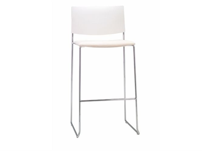 Sled base stackable chair SIT MIX | Chair by Andreu World