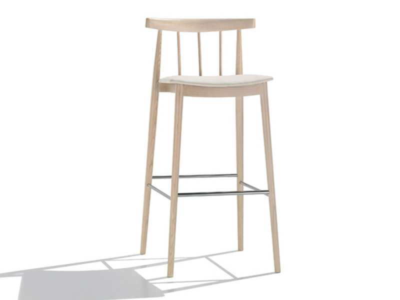 Upholstered counter stool SMILE | Upholstered chair - Andreu World
