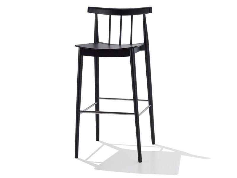 Beech counter stool SMILE | Counter stool - Andreu World