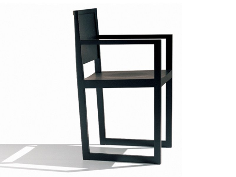 Sled base wooden chair ZISA   Chair with armrests - Andreu World