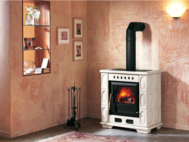 Wood-burning stove for air heating E904 S | Wood-burning stove - Piazzetta