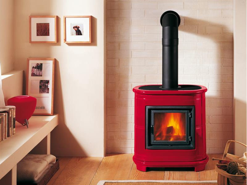 Wood-burning stove for air heating E905 | Wood-burning stove - Piazzetta