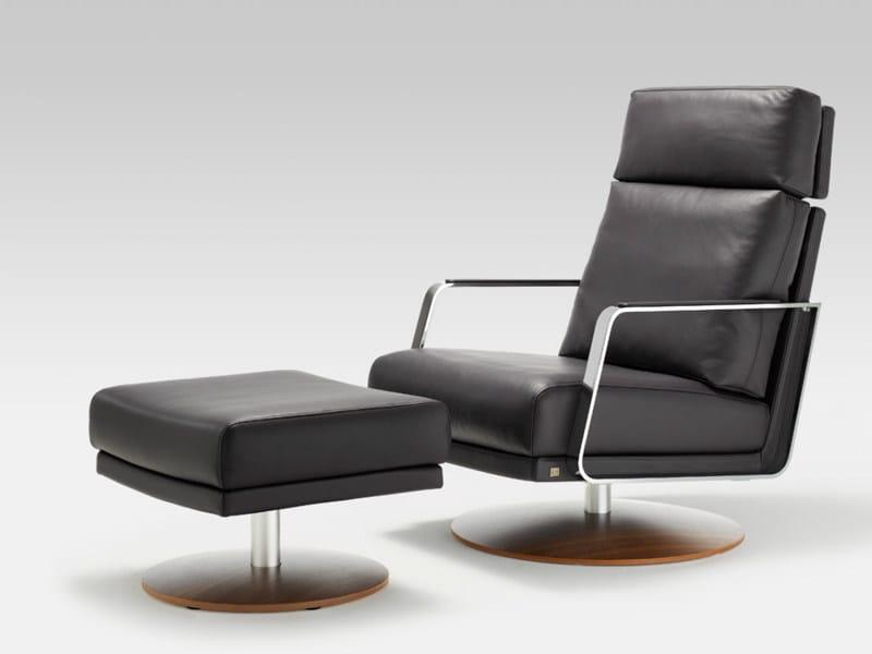 drehbarer sessel aus leder mit armlehnen rolf benz 345 by rolf benz design norbert beck. Black Bedroom Furniture Sets. Home Design Ideas
