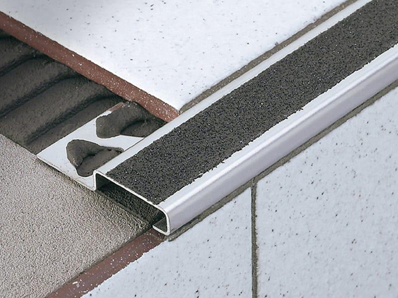 Stainless steel stairnosing with anti-slip insert STAIRTEC FI - PROFILITEC