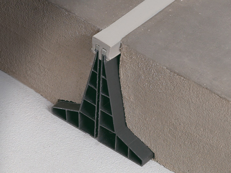Giunto per pavimenti industriali jointec gc profilitec - Giunti di dilatazione per pavimenti esterni ...