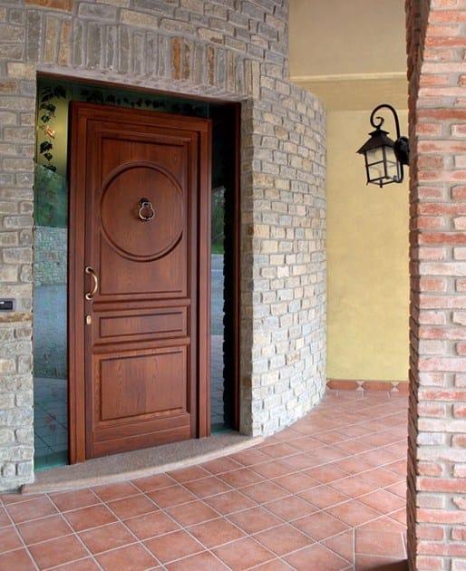Porta d'ingresso in legno massello su misura Portoni primo ingresso - NAVELLO