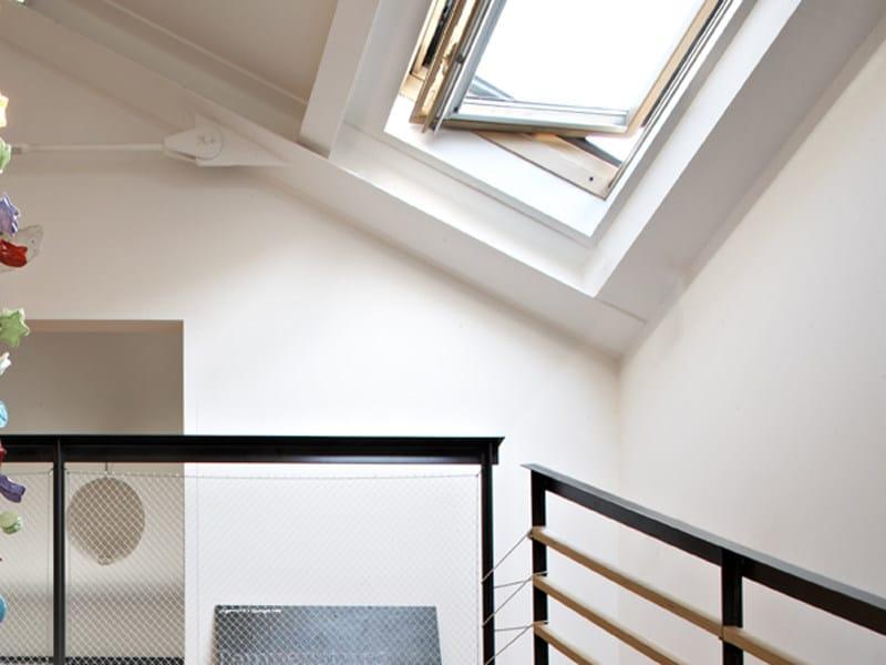Finestra da tetto velux isolamento termico ggl 6521 serie for Finestre velux ggl prezzi