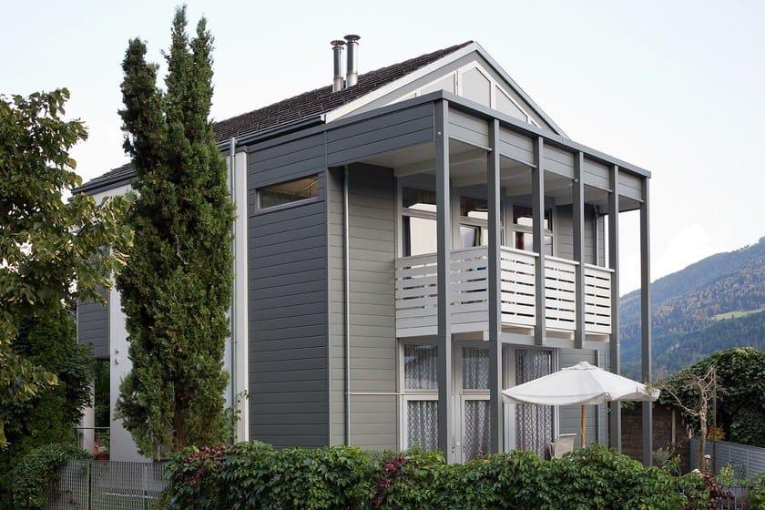 Casa privata in doghe di rivestimento PREFA