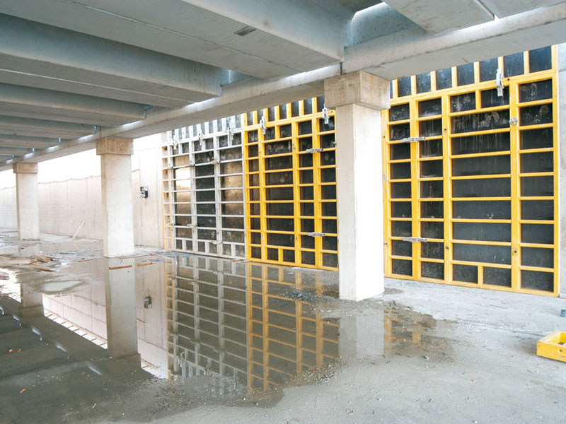 Formwork and formwork system for concrete MODULO 2700AL-S120 by Faresin Building