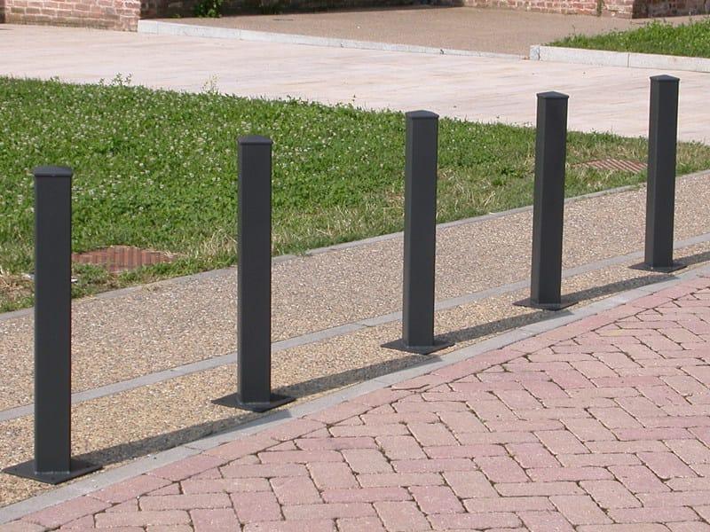 Galvanized steel bollard post ECO FORTE by A.U.ESSE