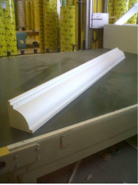 Matrice in polistirolo per elemento decorativo stampi per for Cornici in polistirolo per quadri