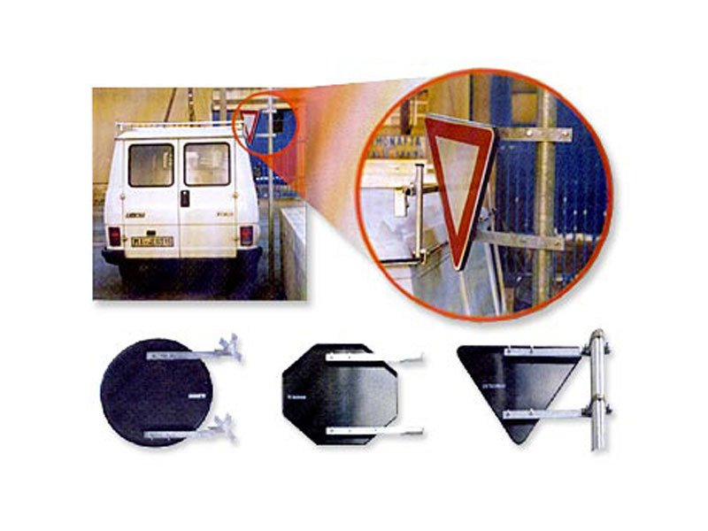 Road sign Clasps and bolts for sign support - Lazzari