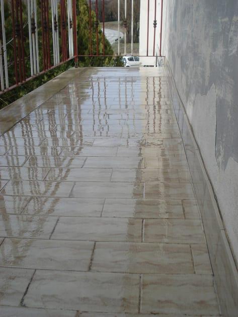 Impermeabilizzante liquido trasparente o r a antipioggia - Pavimenti per esterni in resina ...