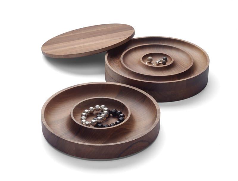 bo te bijoux en bois jewel by e15 design saskia diez. Black Bedroom Furniture Sets. Home Design Ideas