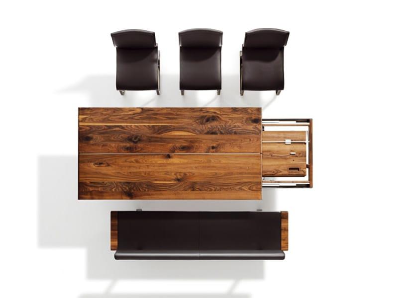 Tavolo allungabile rettangolare in legno massello nox tavolo allungabile team 7 - Tavolo legno massello allungabile ...