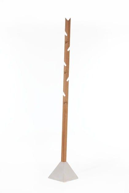 Wooden coat stand TEE - TON