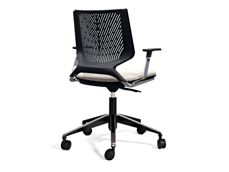 Task chair with casters TNKID | Task chair by ACTIU