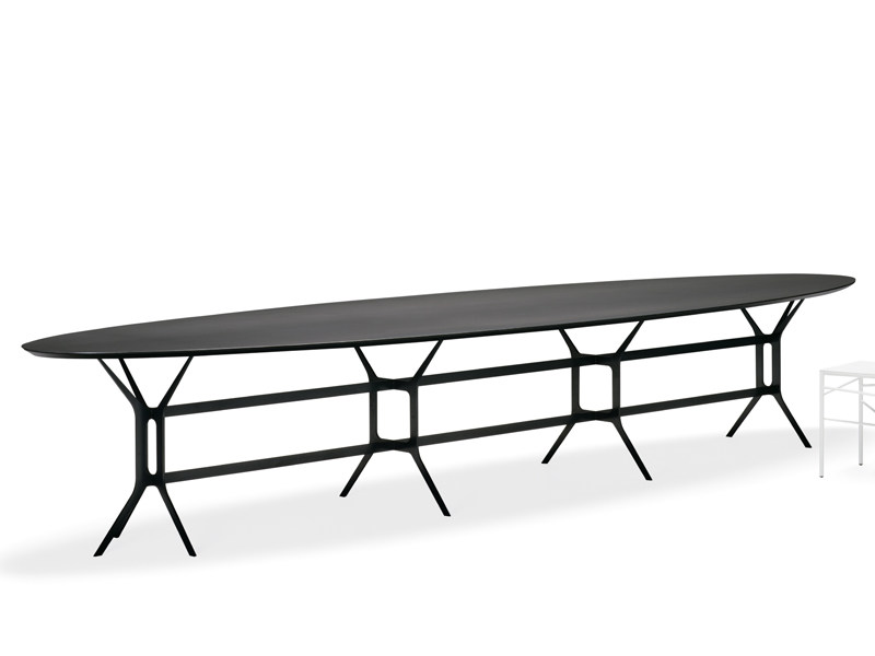 Lacquered oval metal table ARABESQUE | Oval table - YDF