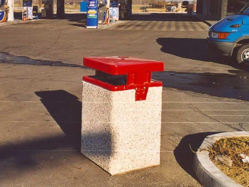 Portarifiuti per esterni in cemento by calzolari for Calzolari arredo urbano
